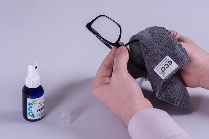 Cleaning Sunglasses ecomoist Optical Cleaner