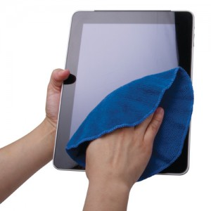 Cleaning-iPad13373567094fb671a5e6a0a